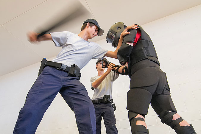 students training in combat
