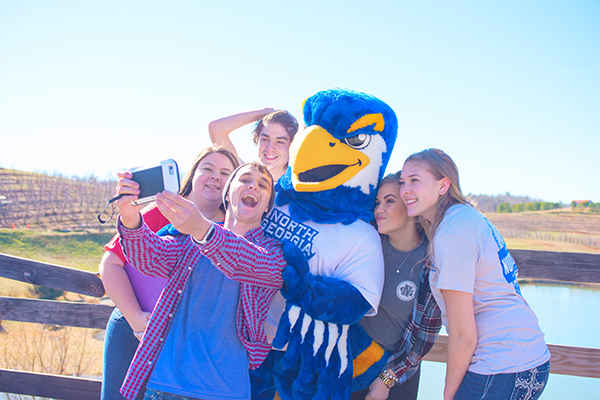 Open House events offer a great opportunity for students to tour campus, learn about the university and network with peers, faculty and staff.