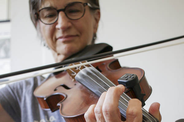UNG professors and community members jam to old-time music