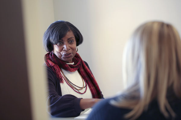 Joyce Darden-Arnette works with students on the UNG Cumming Campus in the Student Counseling office. Her specialty is facilitating women's groups, addressing physical, mental, and emotional well-being, as well as strategies for building self-efficacy.