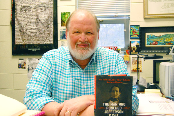 History professor publishes book about 'The Man Who Punched Jefferson Davis'