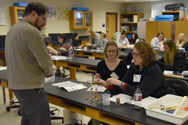 ELIPSE conference offers new, innovative experiments to K-12 teachers