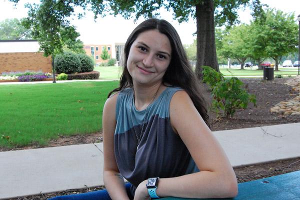 Sophomore wins $10,000 scholarship
