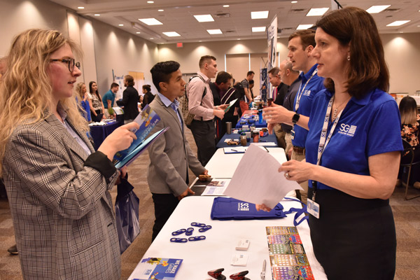 Career Services to prep UNG students and alumni for job fairs