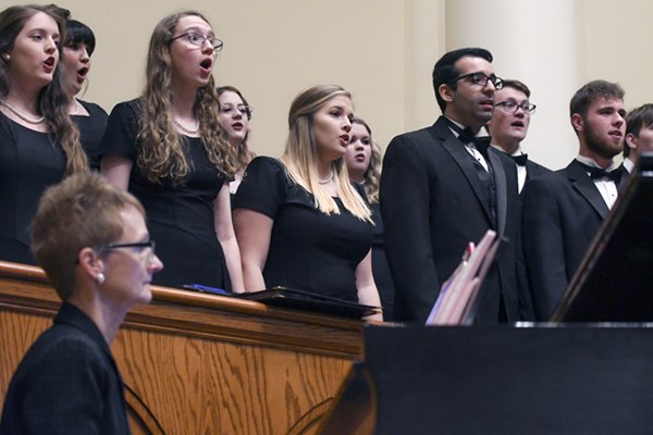 Music department to end semester with holiday concert