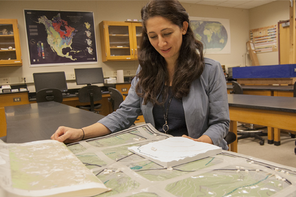 Geology professor creates 3D tactile map for students with disabilities