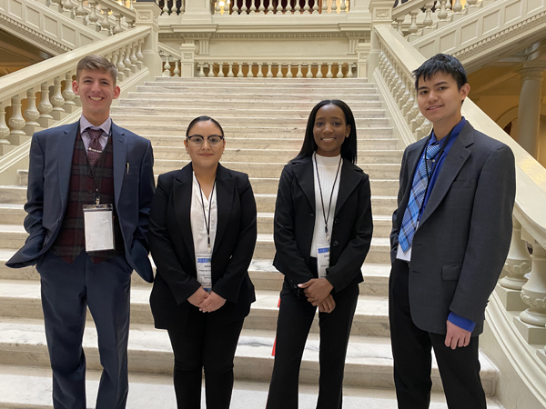 Four UNG students present research to state legislators