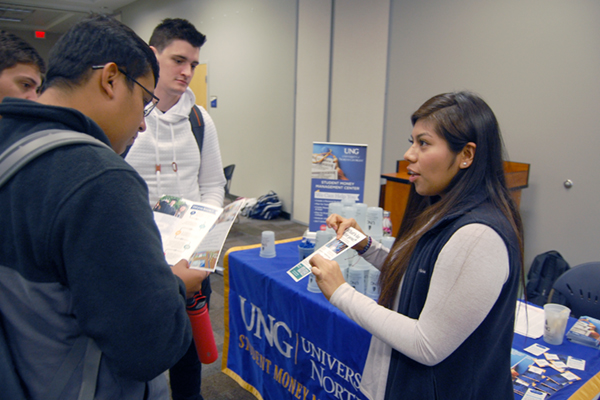 SMMC challenges students to save money