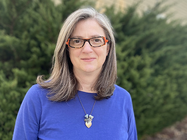 Psychology professor receives $100,000 grant for mindfulness research