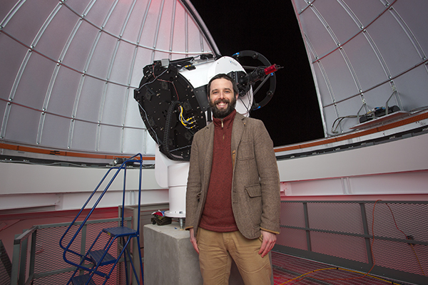 Astronomy professor and alumnus have papers published