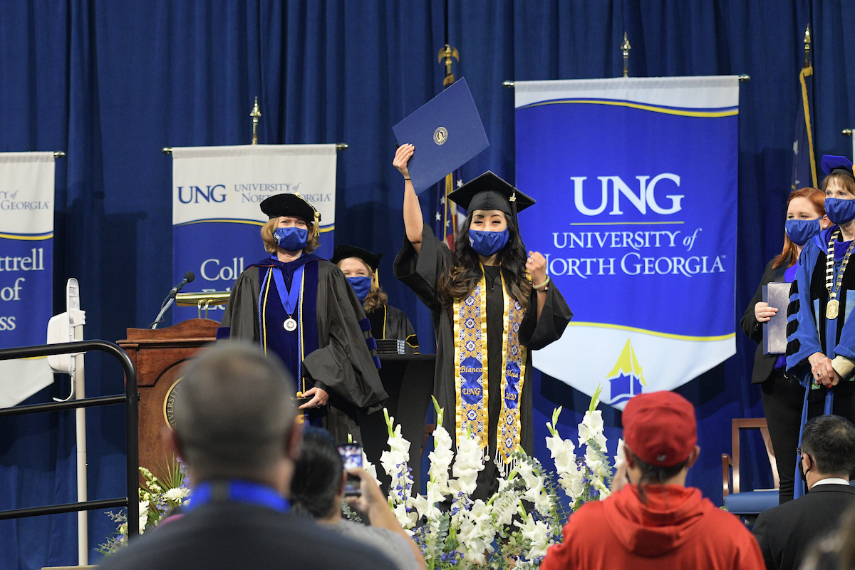 Spring 2021 commencement to transition closer to traditional event