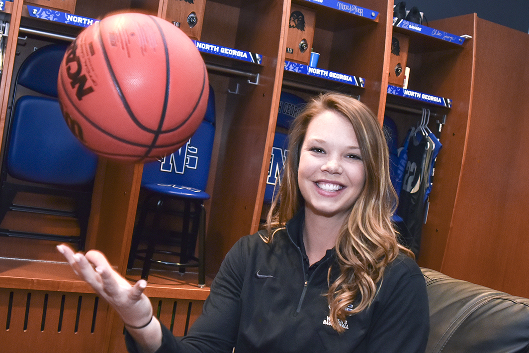 Assistant coach Acton named to WBCA Thirty Under 30