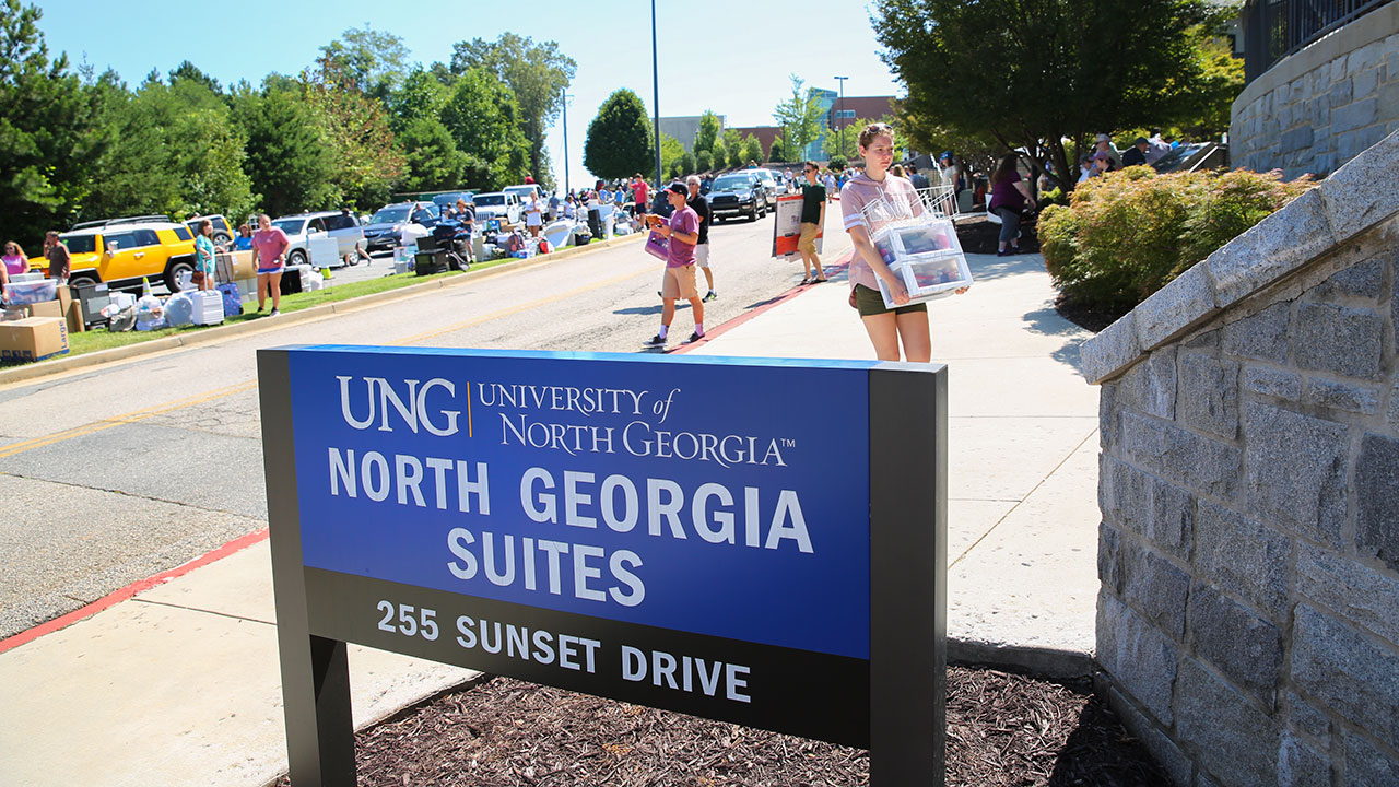 Residents ready for  traditional move-in