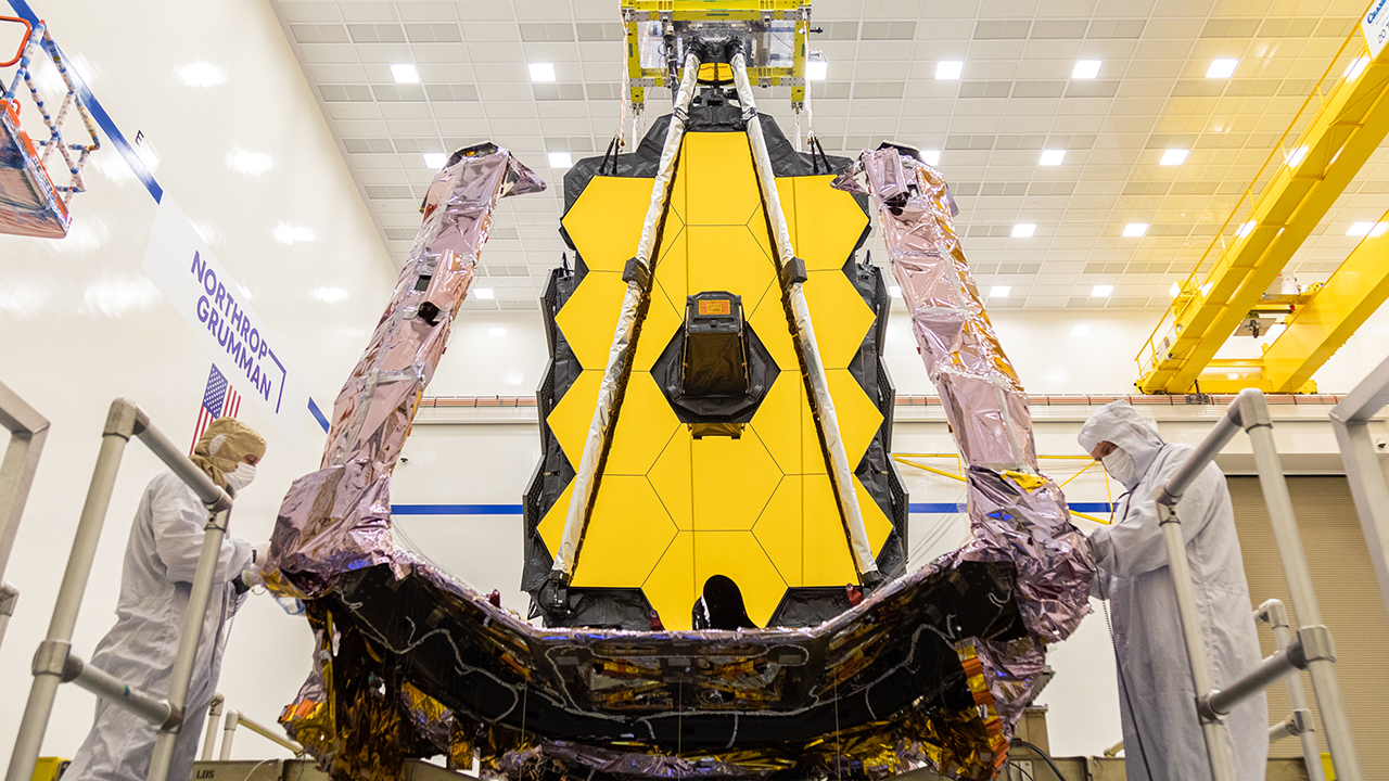 Planetarium and observatory to mark Webb telescope launch